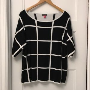 Vince Camuto windowpane sweater size XL